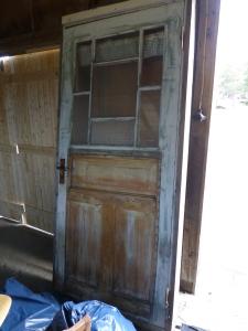 Dörren efter att boarden avlägsnats.