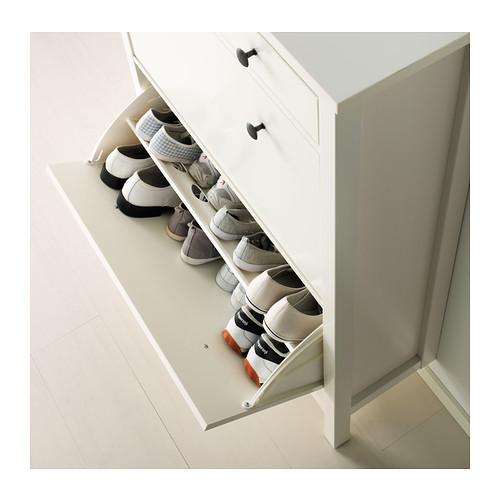 Hemnes skoskåp från IKEA.